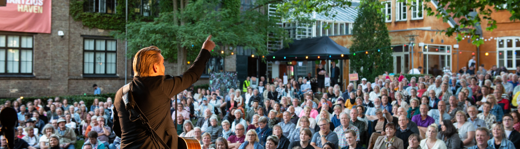 Jacob Dinesen koncert i Mantzius Haven